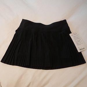 Lululemon Pleat To Street Skirt II NWT size 2